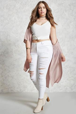 ../Desktop/Fashom/plus-size-fashion-Sleeveless-tops-Forever21.jpg