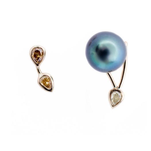 Galaxy_colordiamond_tahitian_pearl_earrings
